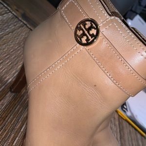 Tory burch womens bootie size 7.5 worn once